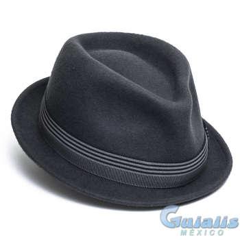 Sombreros en Nezahualcóyotl