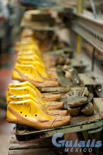 Fabricacion de Calzado en Altotonga